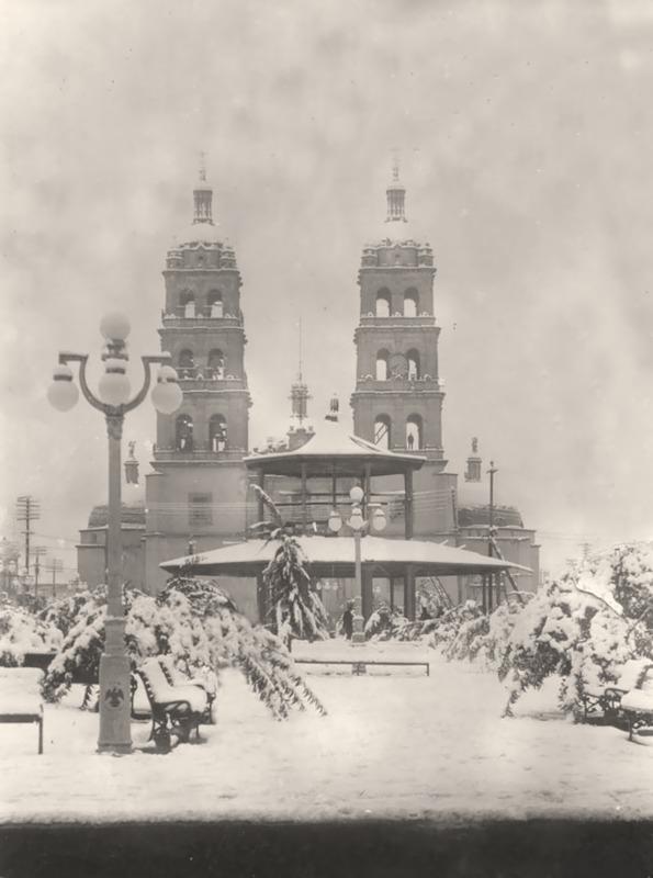 La catedral entre la nieve